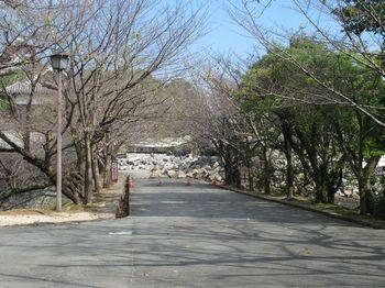 熊本城へ続く通路.jpg
